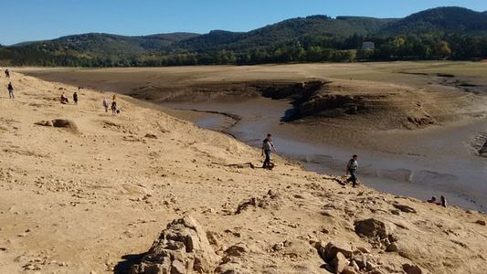 France: The waterless wonder