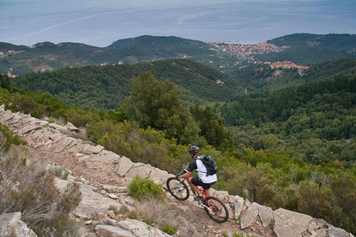 Cycling in Elba Island, Tuscany