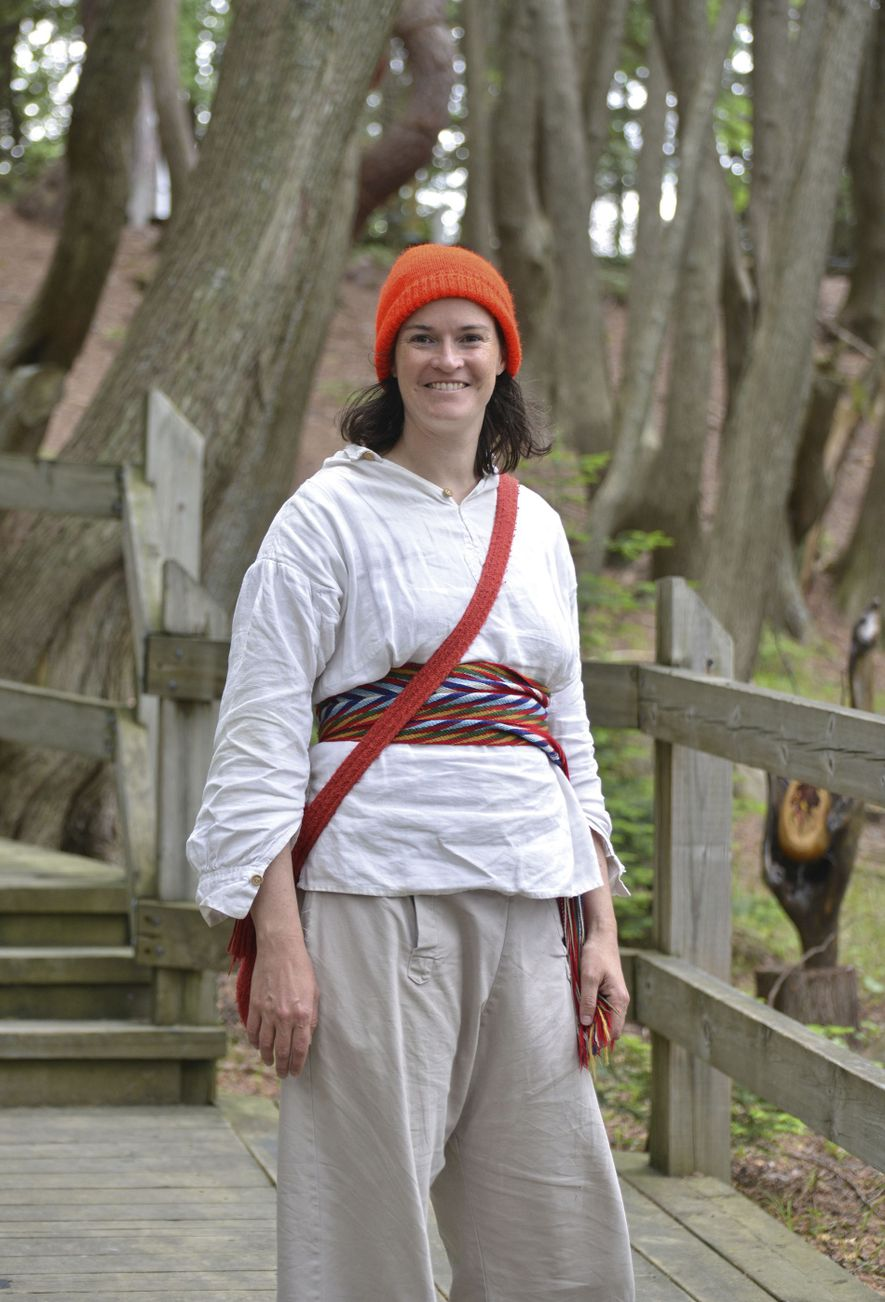 Angela Hunter, a guide at Fort Témiscamingue