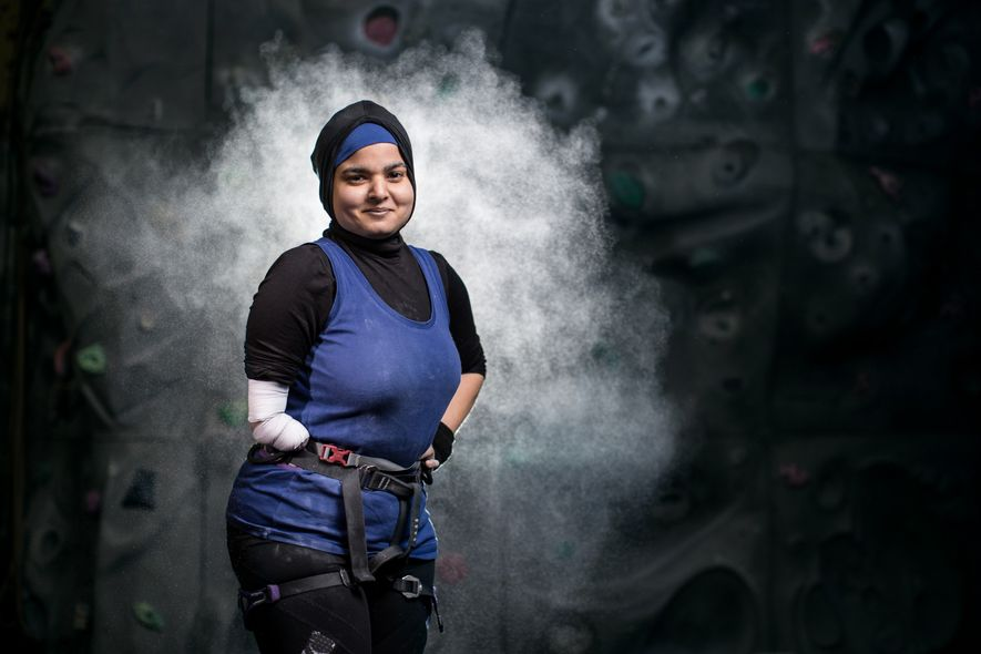 Anoushé Husain was born with no right arm below the elbow, and has survived cancer. Sports ...
