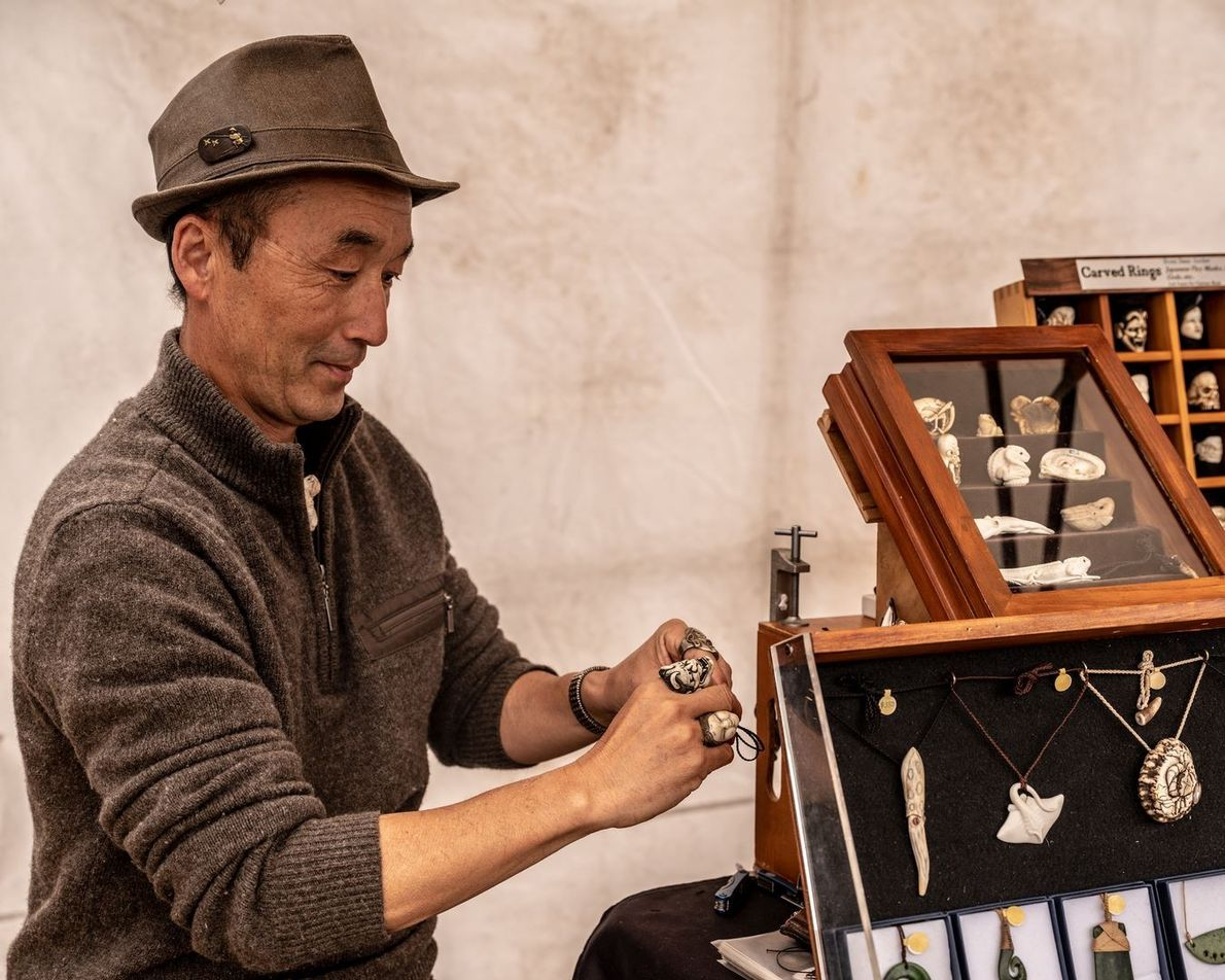Carver Fumio Noguchi at the Nelson Market New Zealand, Portraits