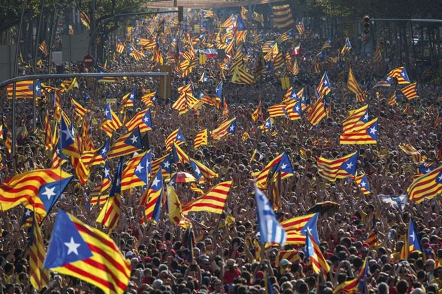 Pro-independence march on the National Day of Catalonia. Image: Getty
