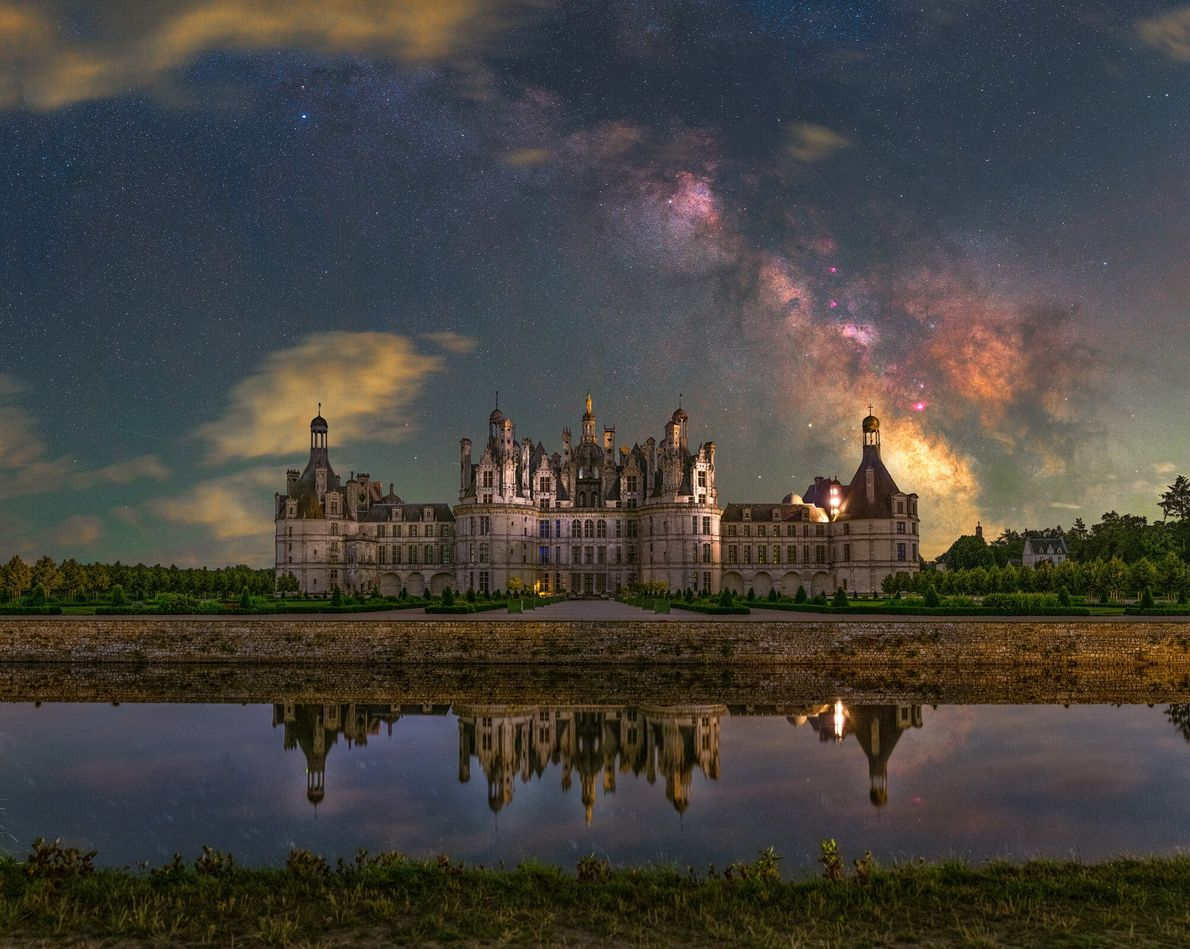 Periodic illumination was the challenge the photographer faced whilst trying to image the Château de Chambord in ...