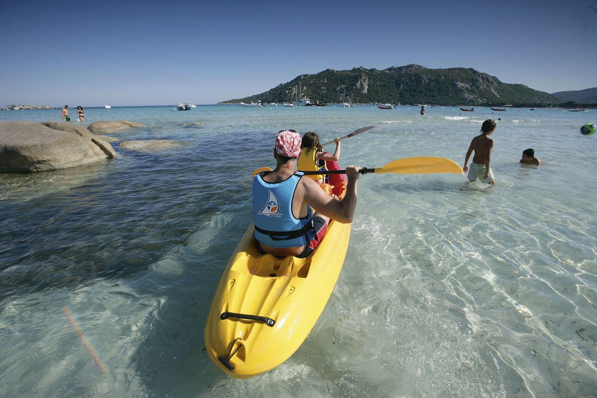Kayaking, Santa Giulia Beach