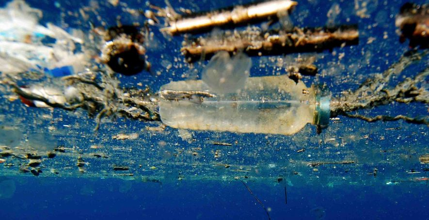 The challenge of removing plastic that is polluting the world's oceans is a major one, and ...