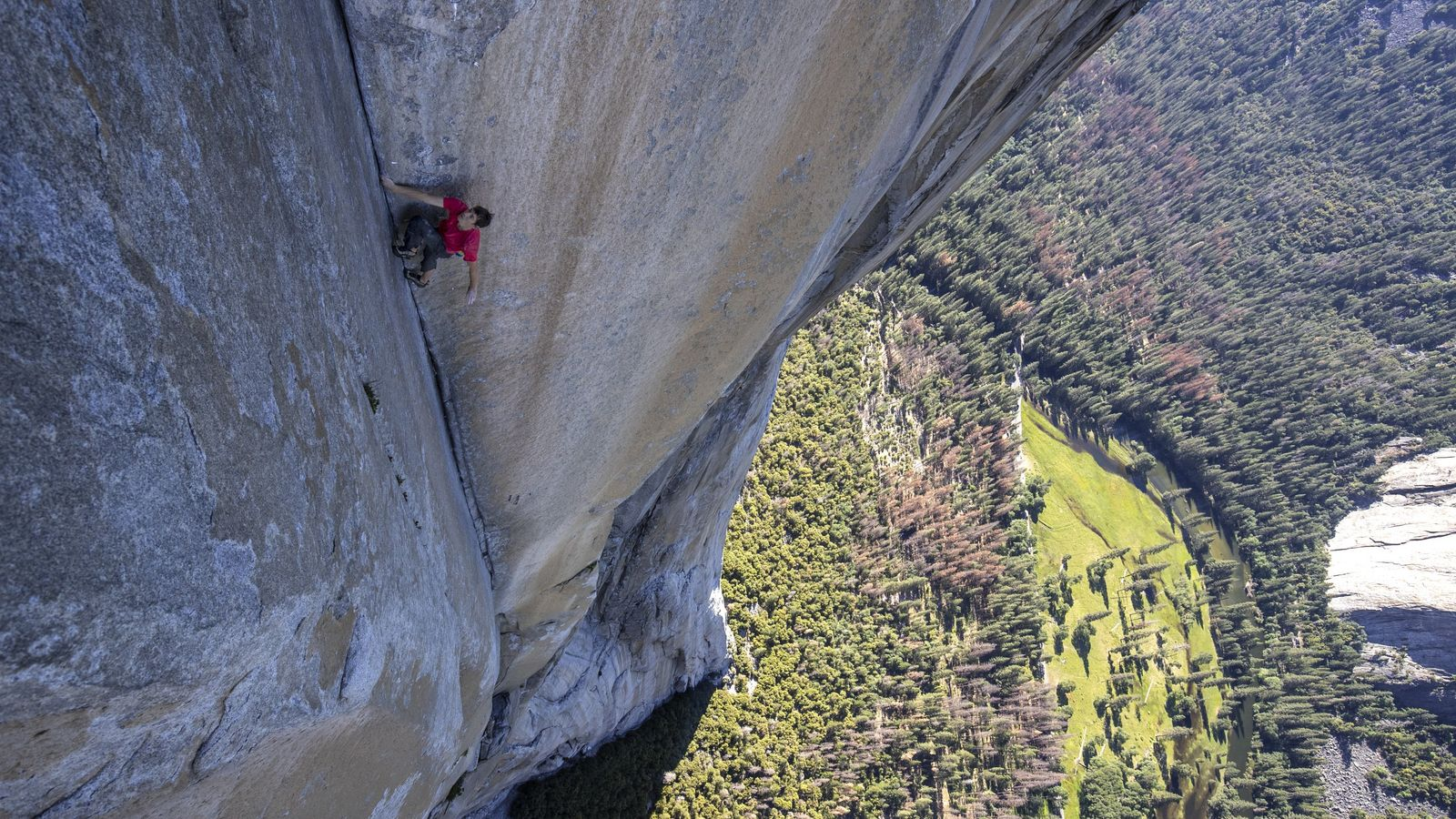 Without ropes, bolts or protection, Alex Honnold is at the mercy of his own ability. One ...