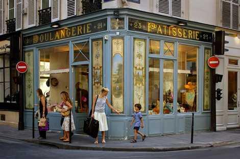 A teen in Paris