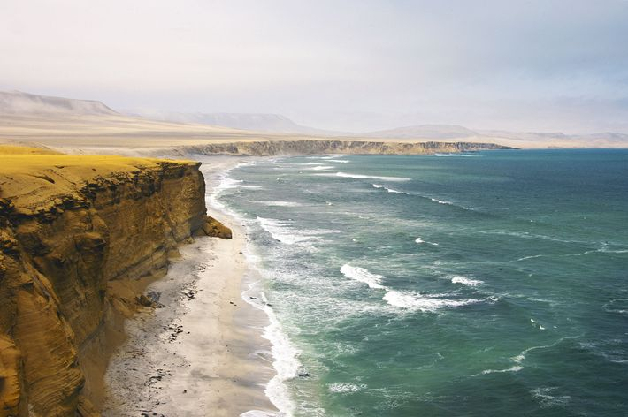 Paracas is known for its beaches, like the beautiful El Chaco, set in sheltered Paracas Bay.
