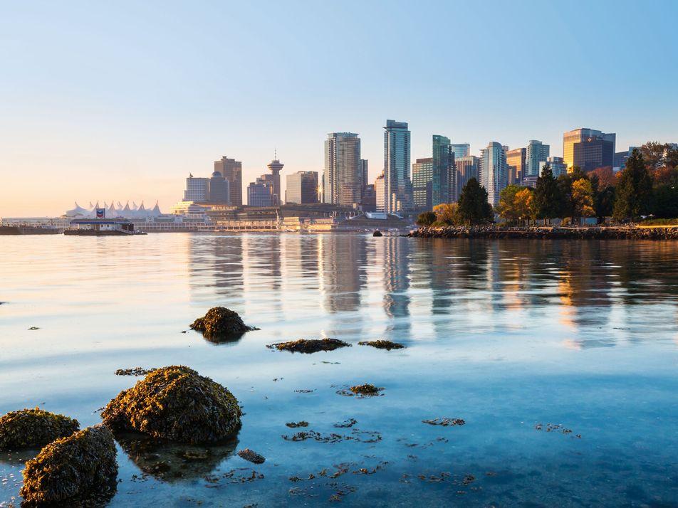 Discovering Canada through expert eyes
