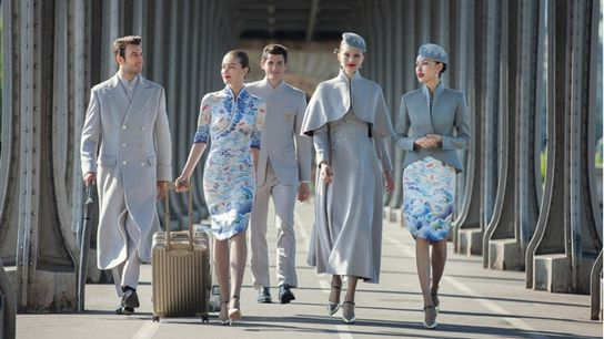 Hainan's latest uniforms, designed by renowned fashion designer Laurence Xu