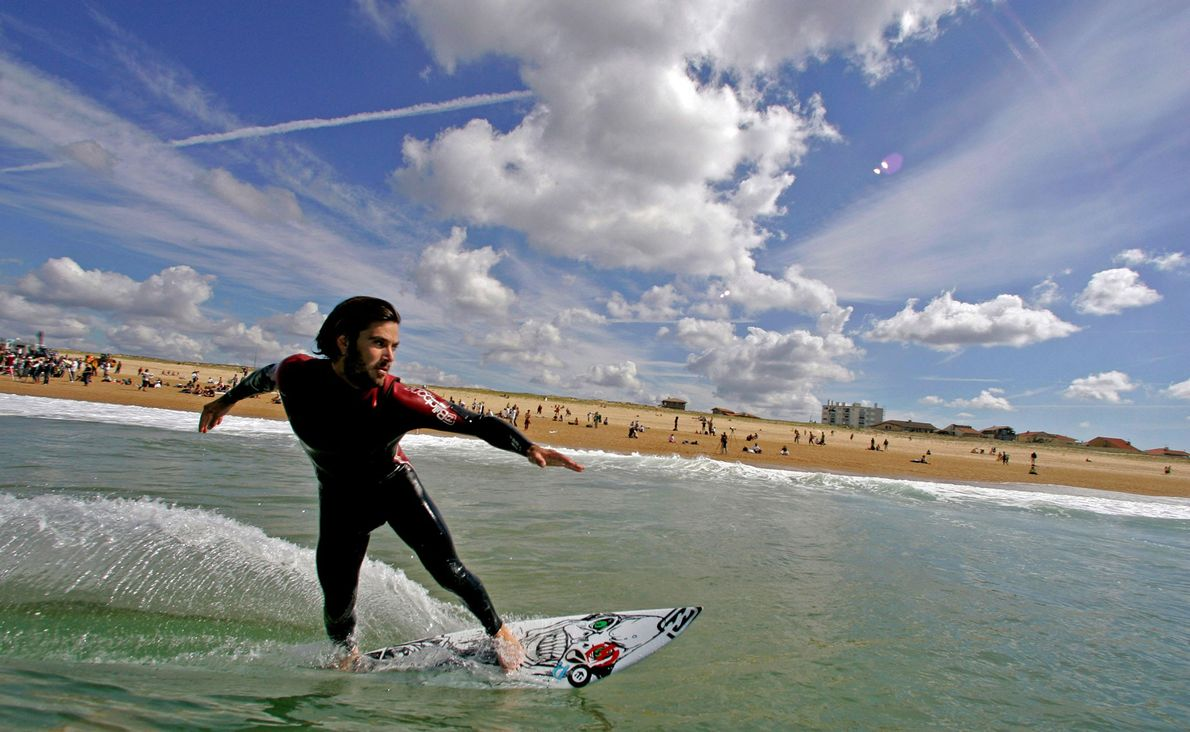 Surfing Hossegor, France