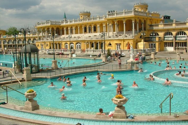 Széchenyi thermal baths, Budapest, Hungary.