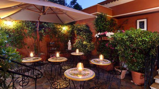 Garden at the Hotel Modigliani, Rome.