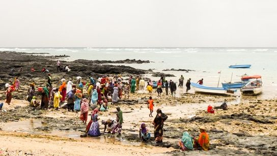 Itsamnia beach, Comoros