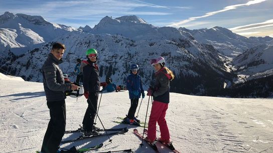 Family travel: Skiing in Lech