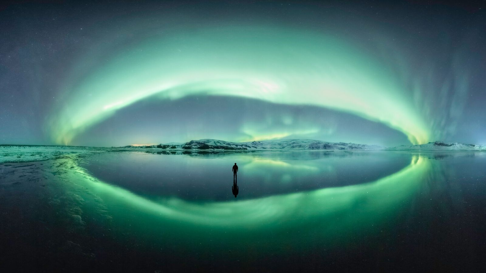 Comprised of 250 images to create a panorama, the photographer who captured this view of Vik, ...