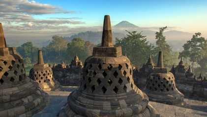 Indonesia: Island hopping
