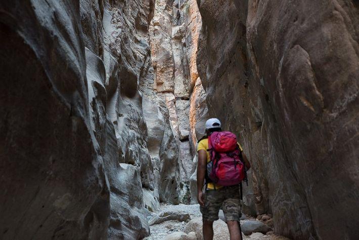 Hiking Wadi al Nakheel