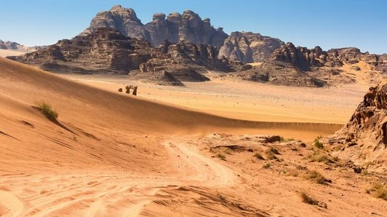 A road through Wadi Rum. Image: Jamie Lafferty