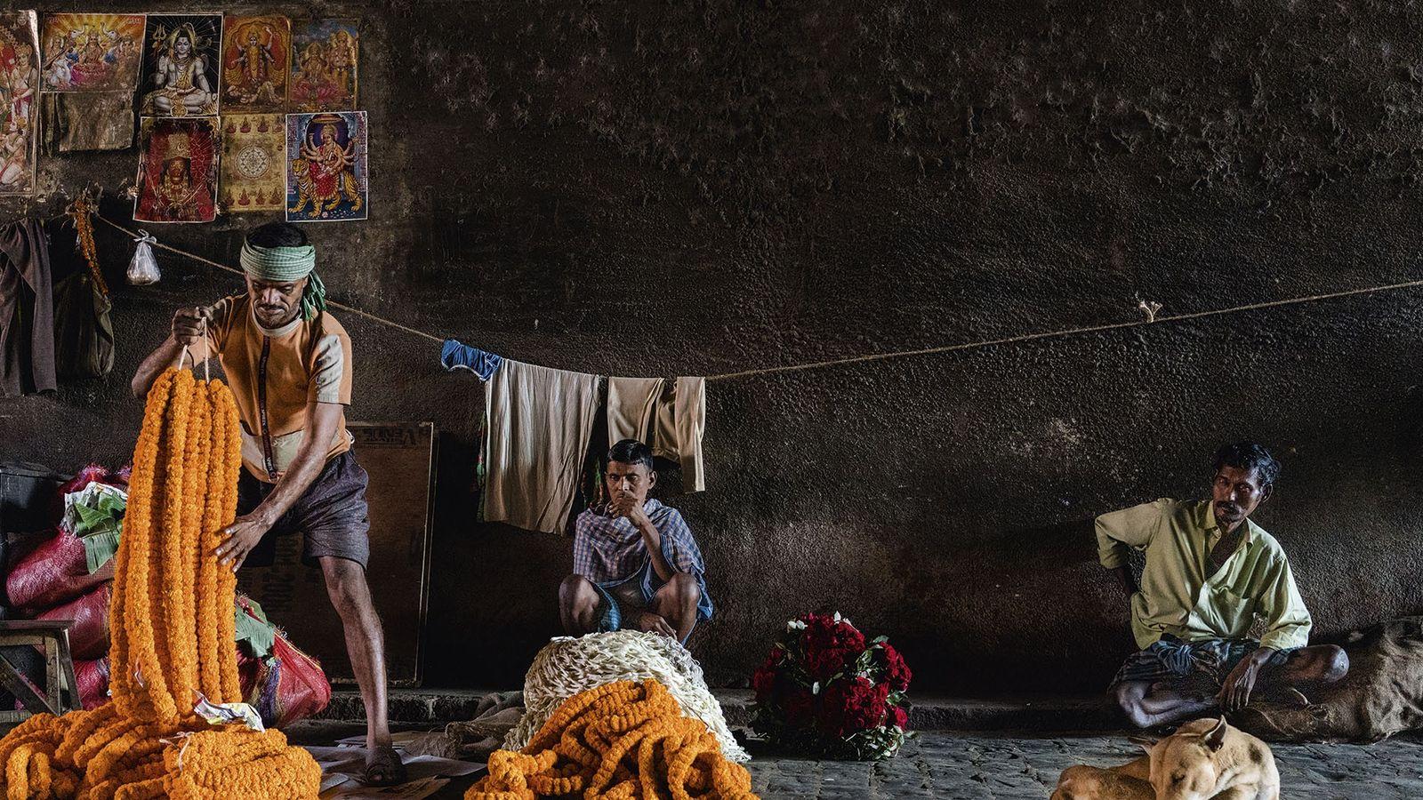 Workers at Kolkata Flower Market