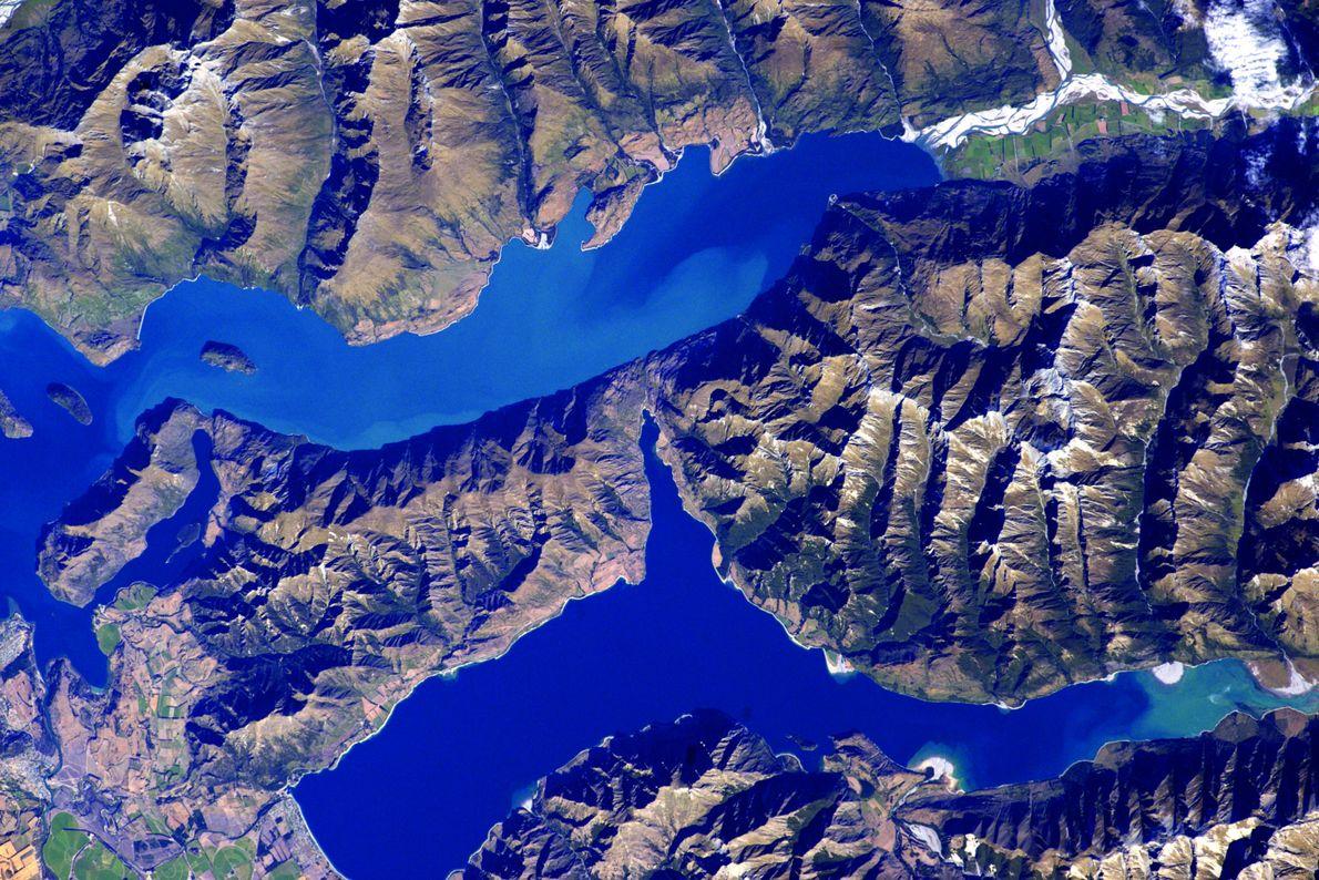 New Zealand's Lake Wanaka and Lake Hāwea are both over 300 metres deep.