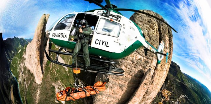 360° VIDEO: CLIFF RESCUE