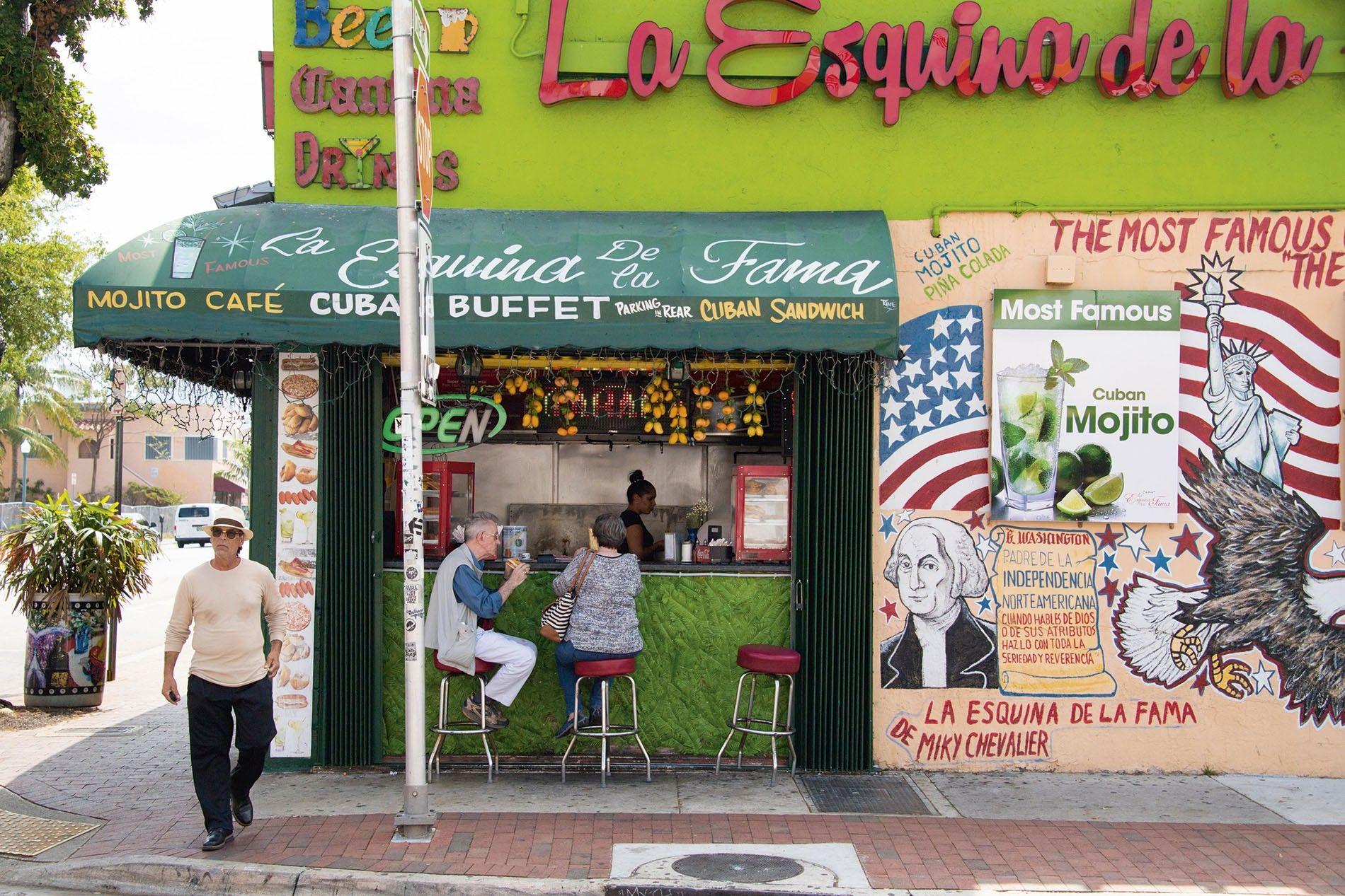 Esquina De La Fama, Eight Street.