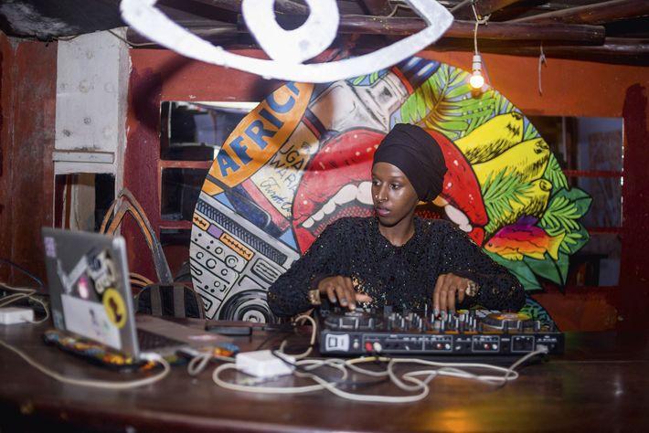 Singeli DJ, Tanzania.