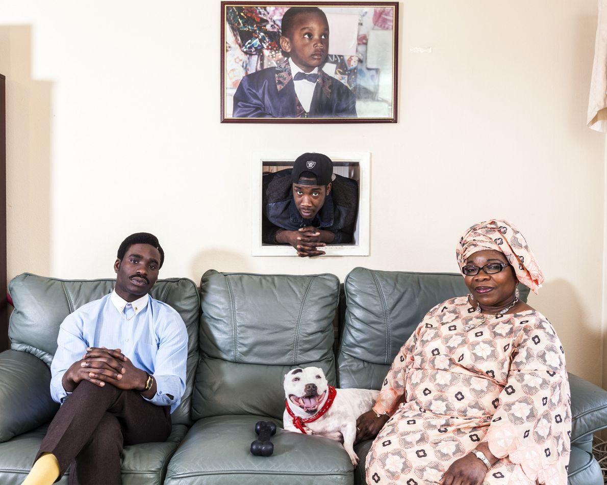 Nigeria: Joe Ogunmokun, his mother Adebimpe Ogunmokun and brother Michael Ogunmokun.