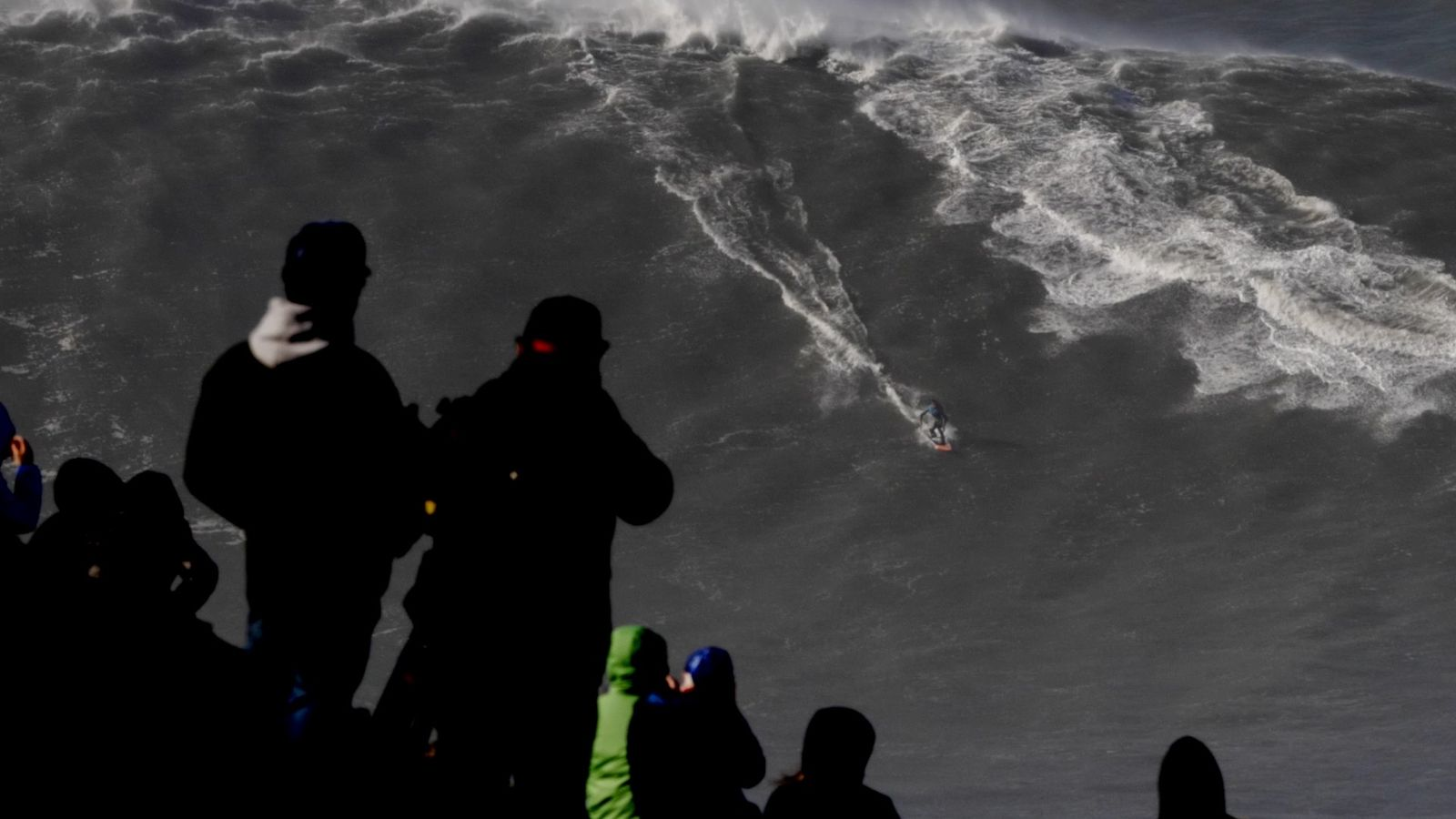 Watch Surfer Ride Record-Breaking Wave