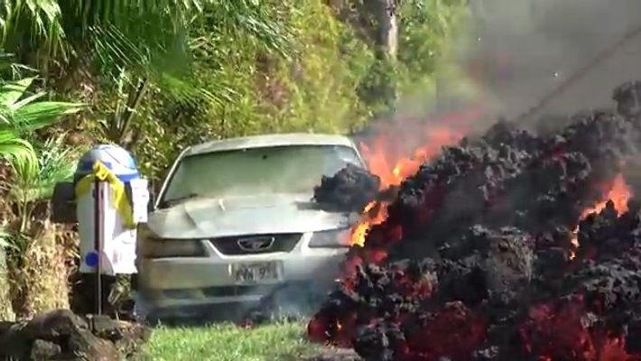 Watch Hawaii's Kilauea Lava Creep Toward Homes