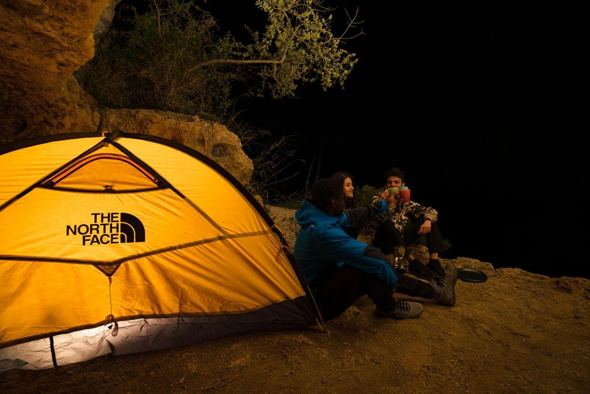 Camping outside Gravina di Riggio caves in Puglia