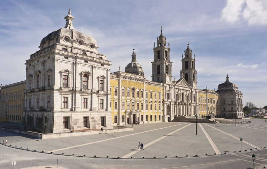 The National Palace of Mafra was completed in 1755 and dominates the town of Mafra.