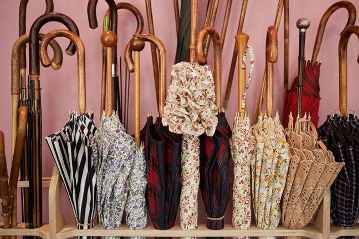 Michel's parasols.