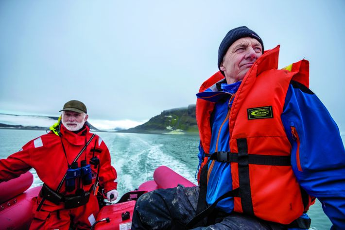 In 2013 Paul Rose (above, right) led a Pristine Seas expedition to the Franz Josef Land ...
