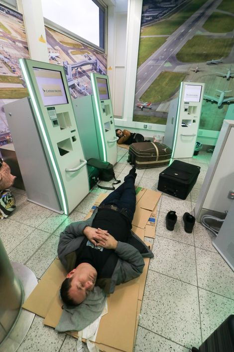 Reluctant to green-light departures and landings while the threat remained uncertain, the Gatwick drone disruptions of ...