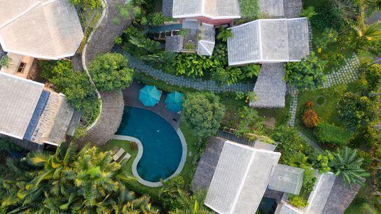 Gardens and villas at An Villa