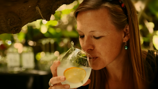 Miranda Krestovnikoff travels to South Australia with Singapore Airlines and onto Kangaroo Island