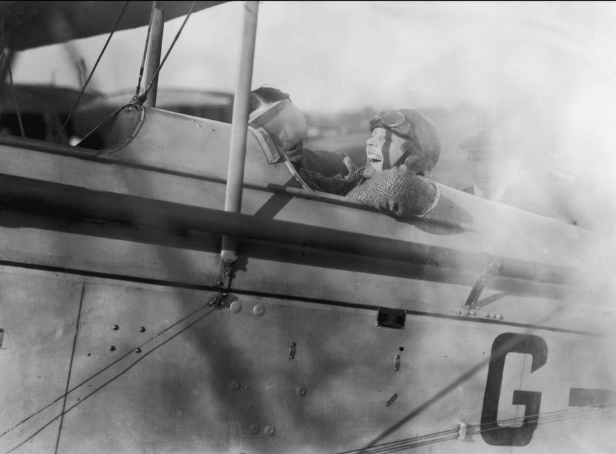 These Female Pilots Broke Down Barriers in Aviation