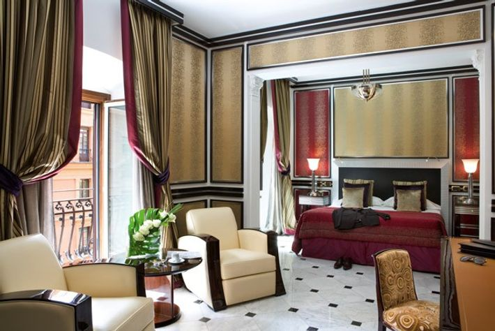 Junior Suite at the Baglioni Hotel Regina