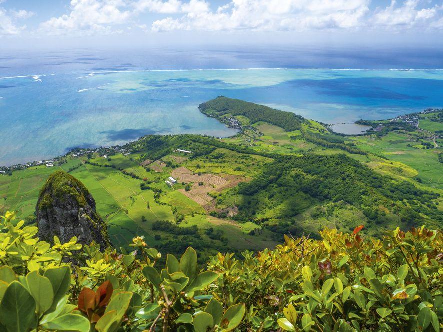 Mauritius: Beyond the beach