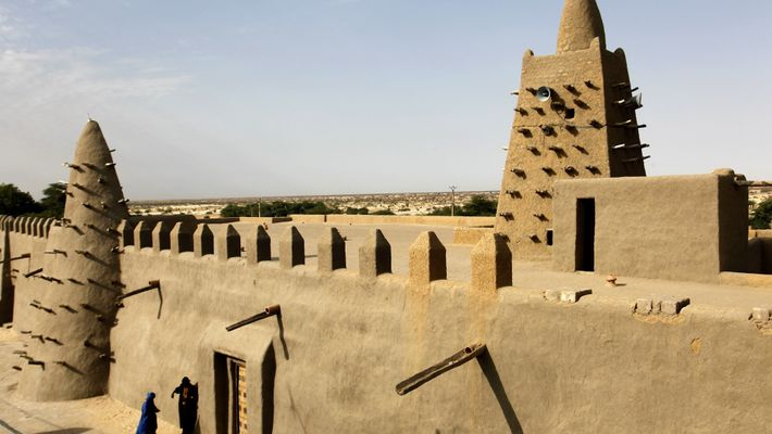 See the Striking Earthen City of Timbuktu