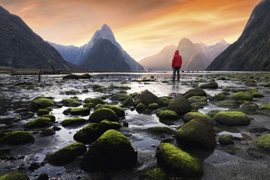 Hiking Milford Sound, New Zealand