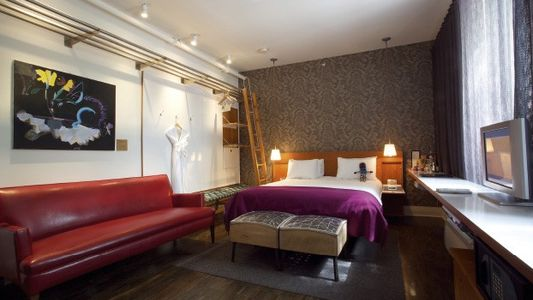 Rooms under £100: Toronto