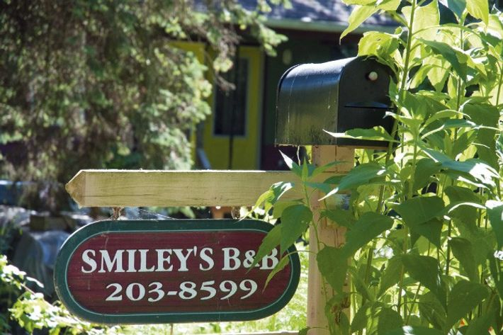 Signpost at Smiley's B&B, Toronto.
