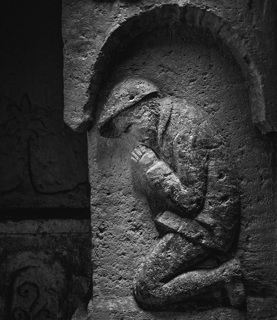 World War I soldiers created underground art in the trenches. - 1