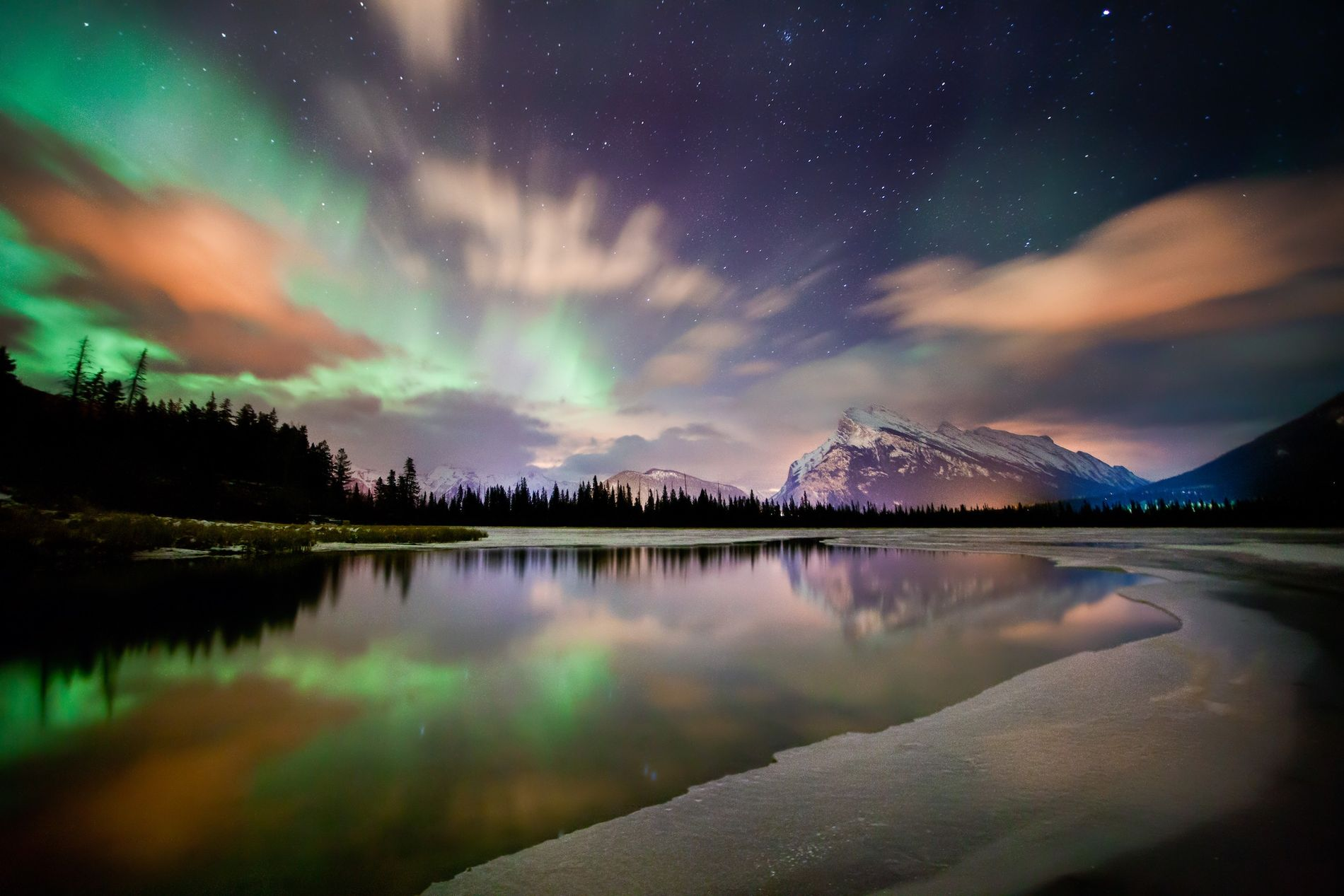 One of the best times for stargazing at Lake Louise is in winter.
