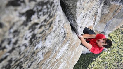 Exclusive: Climber Completes the Most Dangerous Rope-Free Ascent Ever