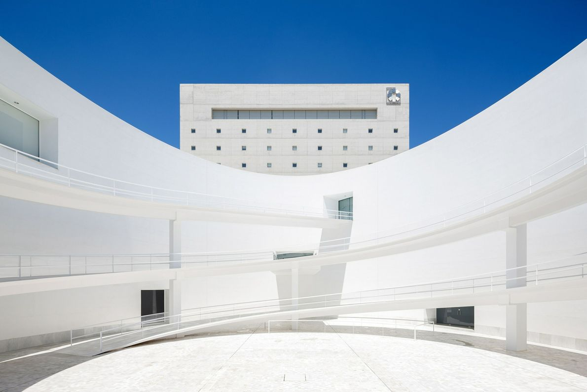 Alberto Campo Baeza designed Granada's museum of Andalusía's history and culture by centering a simple, almost ...