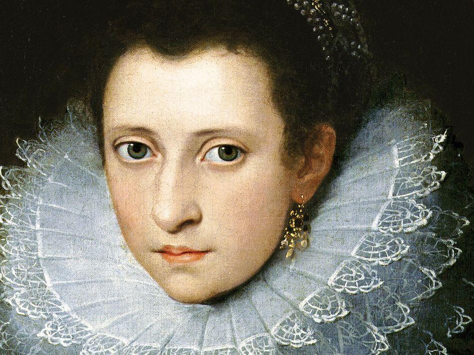 Anne Boleyn used flirtation, fertility, and faith to seduce Henry VIII